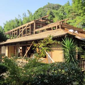 築120年の家の構造を生かして施工中です